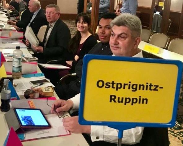 Die Delegierten aus dem Kreisverband Ostprignitz-Ruppin. - fotografiert von der Kreisvorsitzenden Dr. Gabriele Schare-Ruf